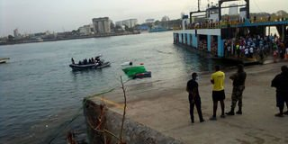Truck plunges into Indian Ocean at Likoni channel